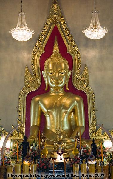 Golden Buddha at Wat traimit, Bangkok, Thailand
